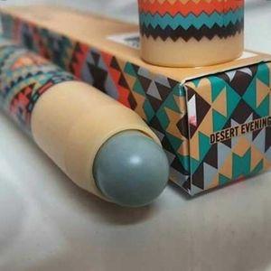 Desert Evening - MAC Patent Polish Lip Pencil 💙 💙